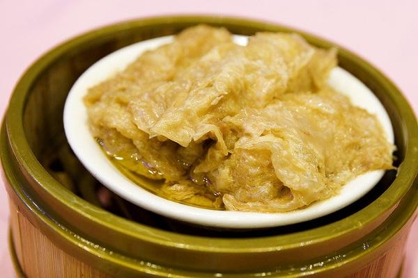 Pei Guen - Steamde Tofu Skin Roll